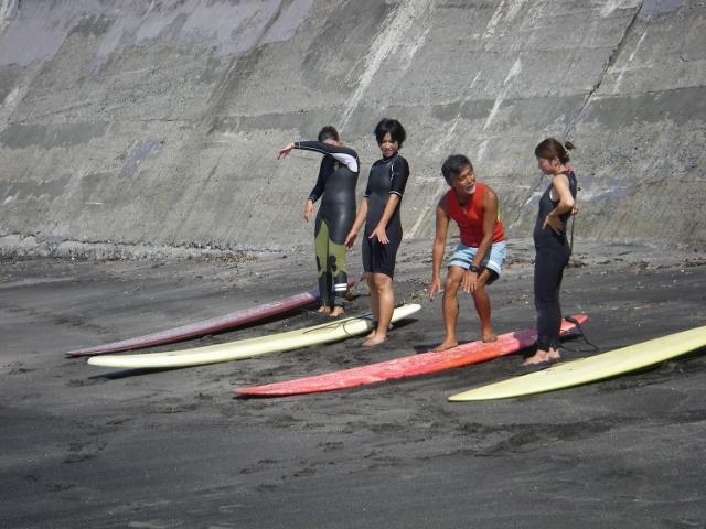サーフィンスクールテイクオフレクチャー</p> </div> <div class=
